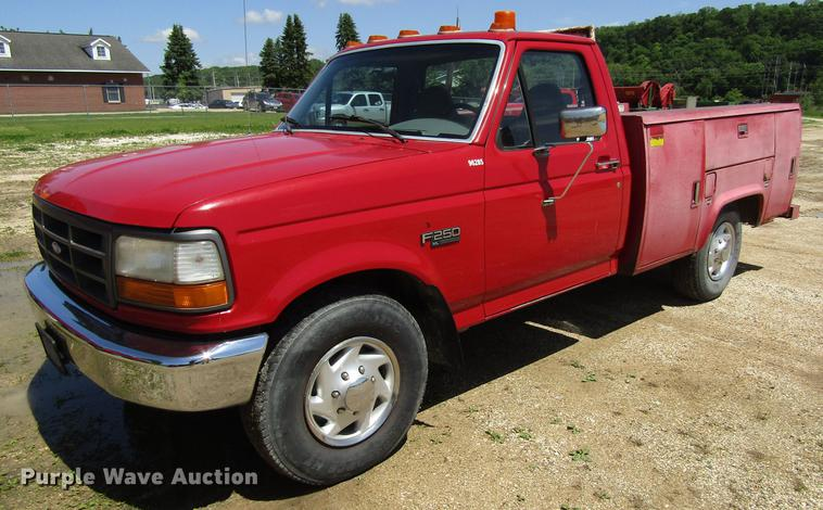 1996 Ford F250  Super Duty XL utility bed pickup truck