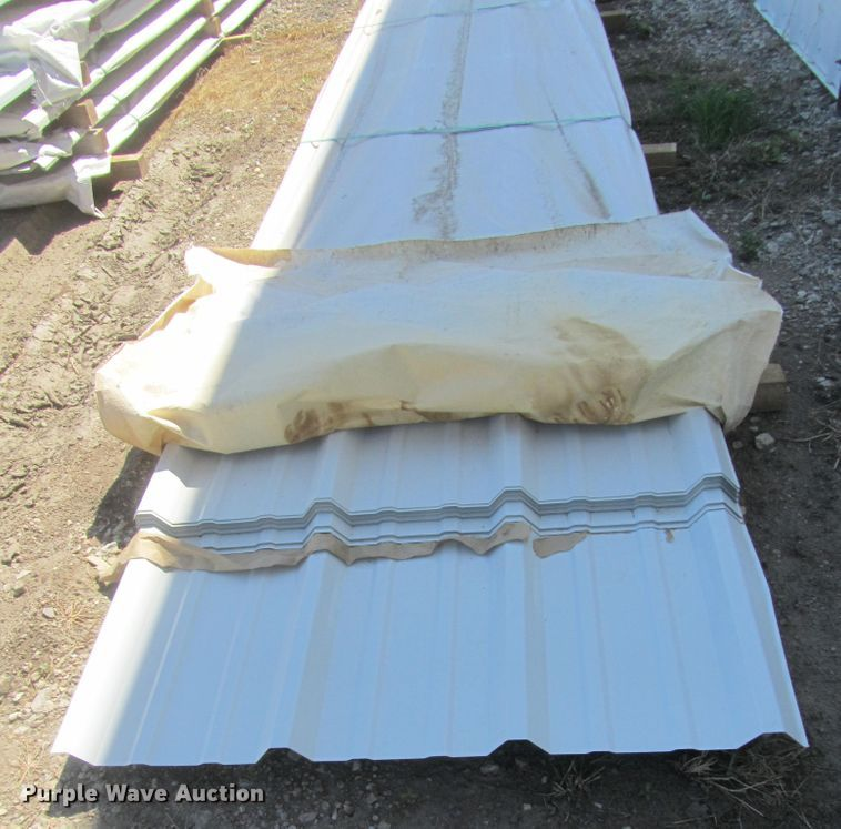 (41) sheets of metal siding/roofing