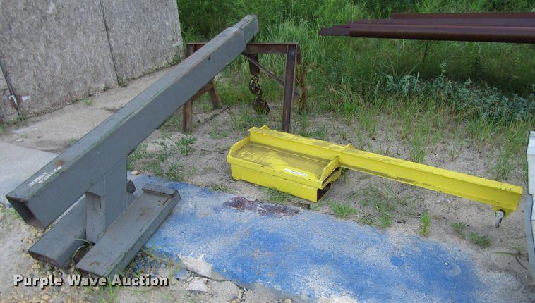 Forklift jibs/booms
