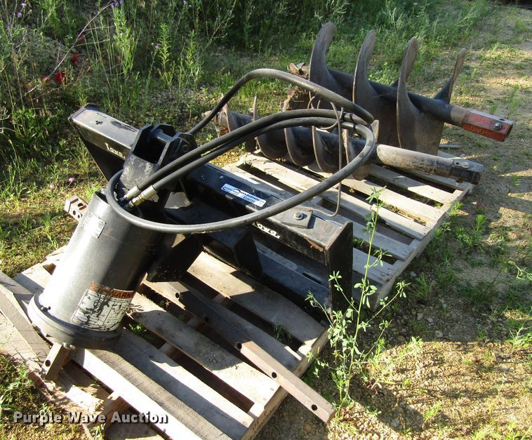 Lowe 200 post hole auger