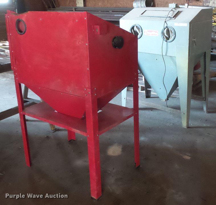 (2) sandblasting cabinets