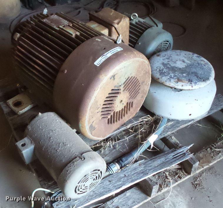 (3) electric motors