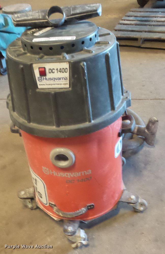 Husqvarna DC1400 Bump vacuum