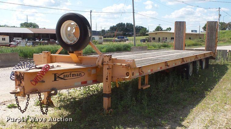 2008 Kaufman equipment trailer
