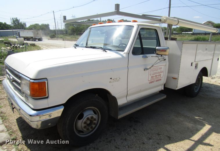 1988 Ford F350 utility bed pickup truck
