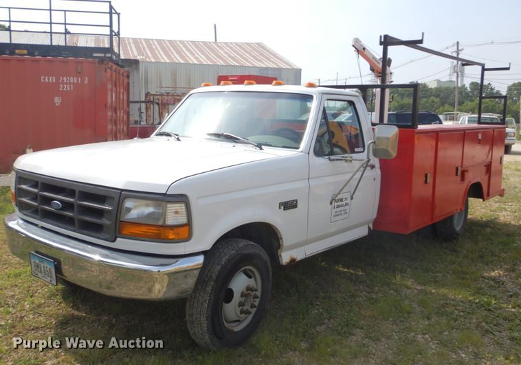1997 Ford F350 XL utility bed pickup truck