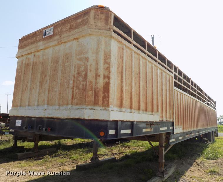 2000 Neville Built livestock trailer