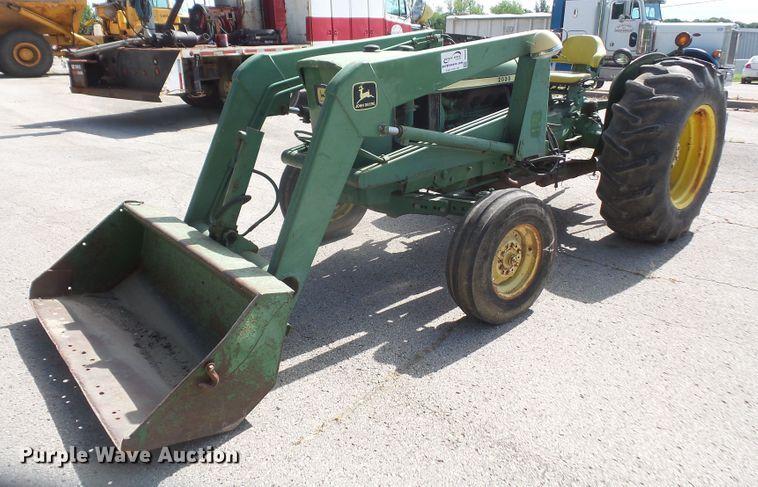 1972 John Deere 2030 tractor