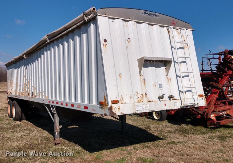 2001 Jet double hopper bottom grain trailer