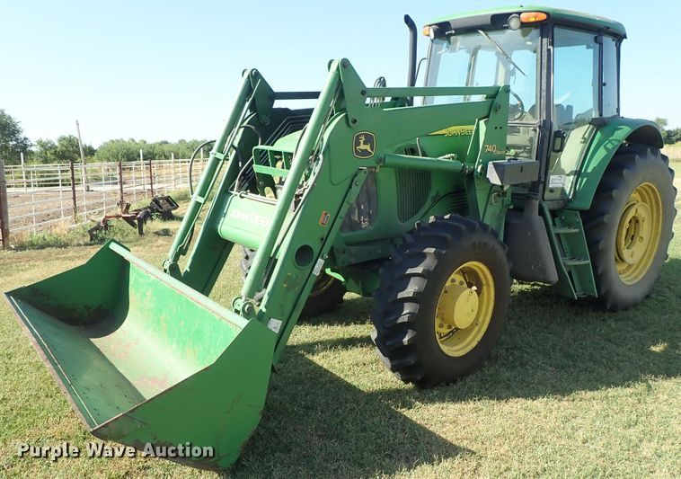 2005 John Deere 6615 MFWD tractor