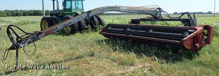 Hesston 1170 Hydroswing windrower