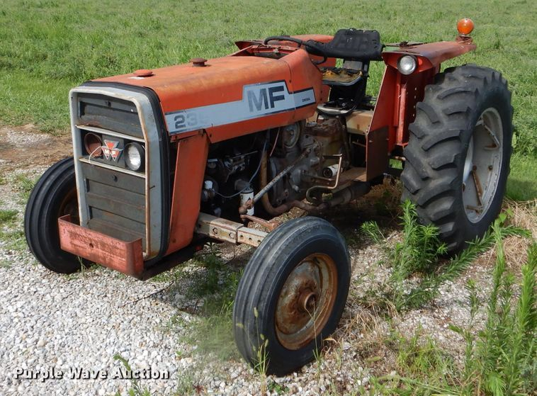 Massey-Ferguson 235 tractor