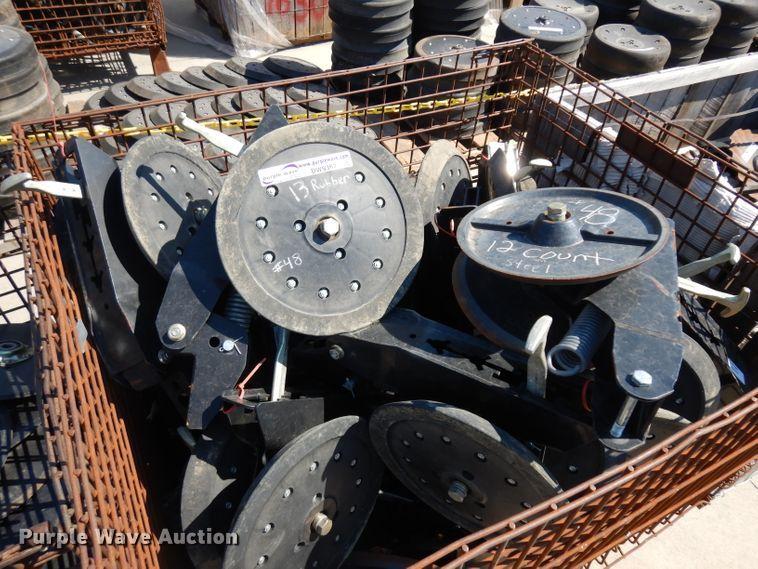 (25) double press wheel sets