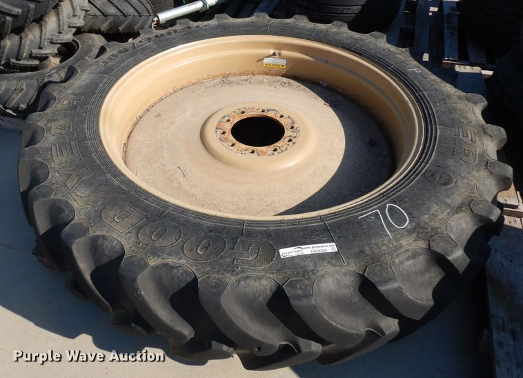 380/90R46 tire and wheel