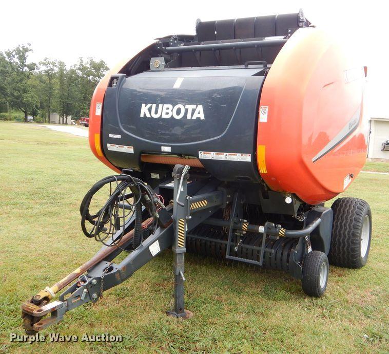 Kubota BV4180 round baler
