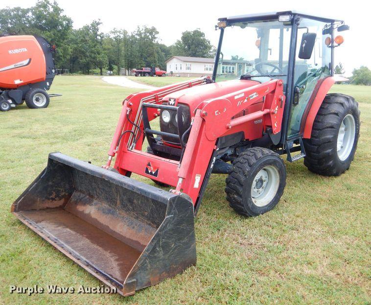 2005 Massey-Ferguson 1552 tractor