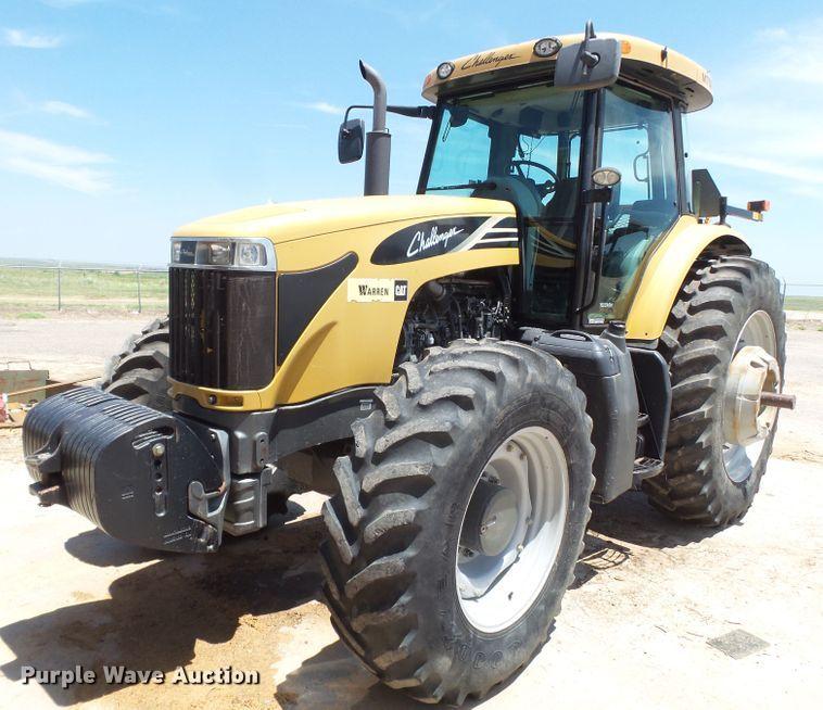 2009 Challenger MT575B MFWD tractor
