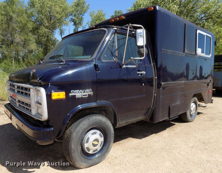 1988 Chevrolet G30 delivery truck