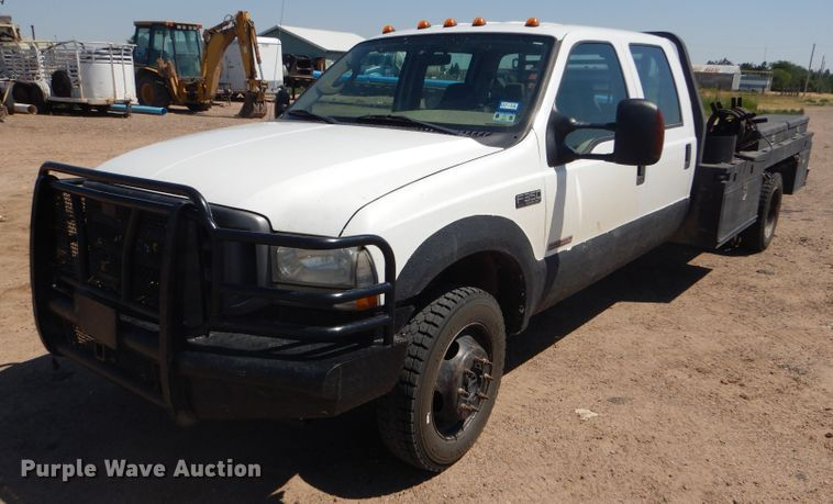 2004 Ford F350 Super Duty XLT Crew Cab utility bed pickup truck