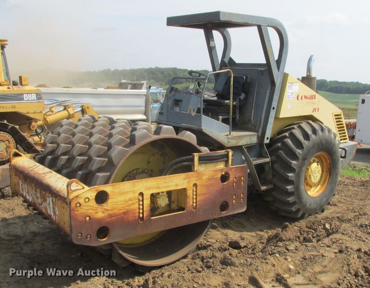 1998 Bomag BW213PDH-3 single drum vibratory roller
