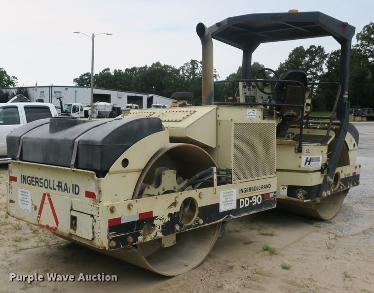 1998 Ingersoll Rand DD-90 double drum vibratory roller