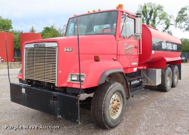 1987 Freightliner FLC tank truck