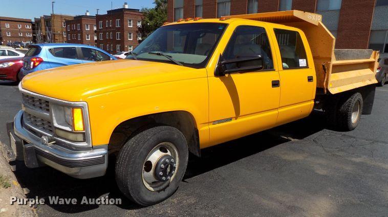 1999 Chevrolet C3500 Crew Cab dump bed pickup truck