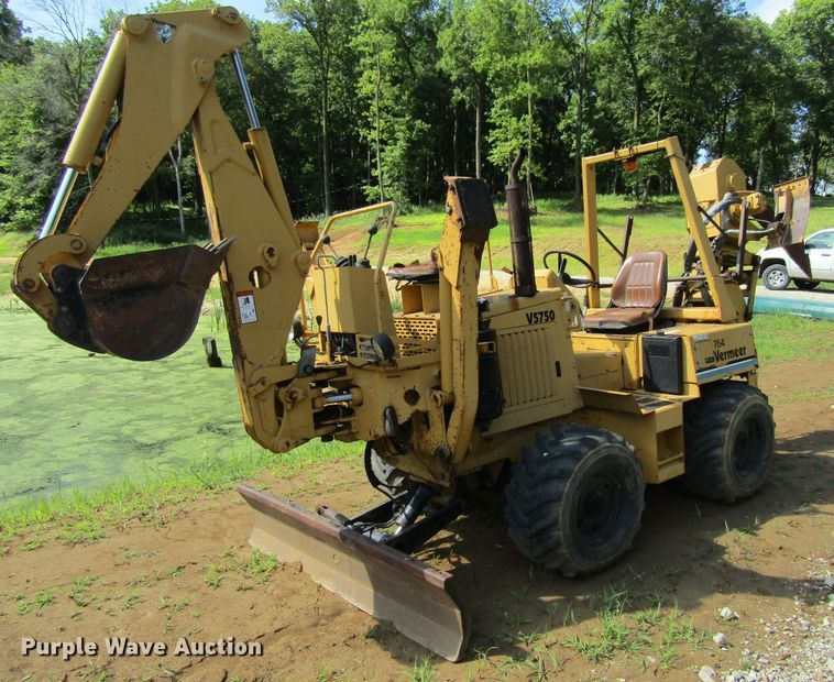 1999 Vermeer V5750 vibratory cable plow