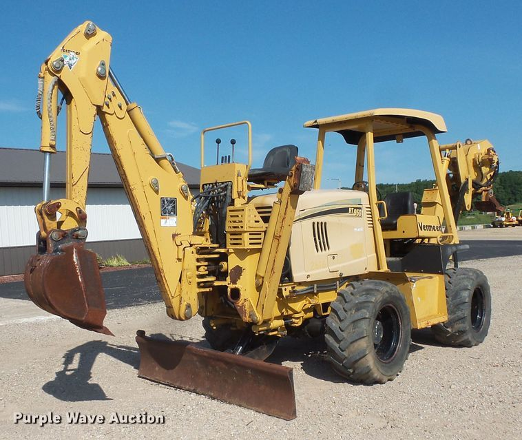 2006 Vermeer RT950 vibratory cable plow