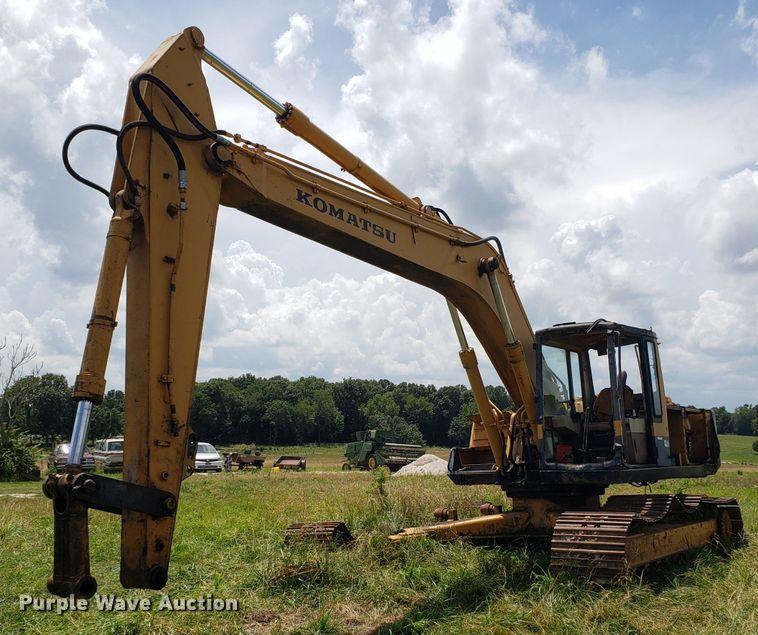 Komatsu PC220LC excavator