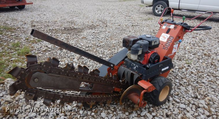 2005 Ditch Witch 1230 trencher