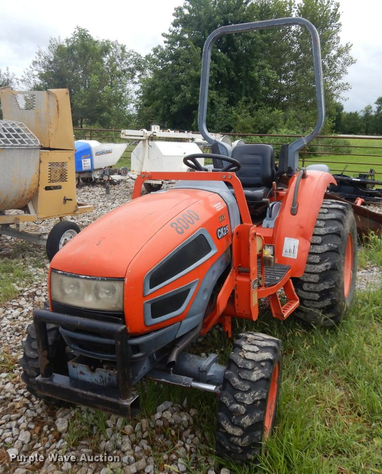 2004 Kioti CK25 MFWD tractor