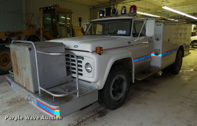 1976 Ford F750 fire truck