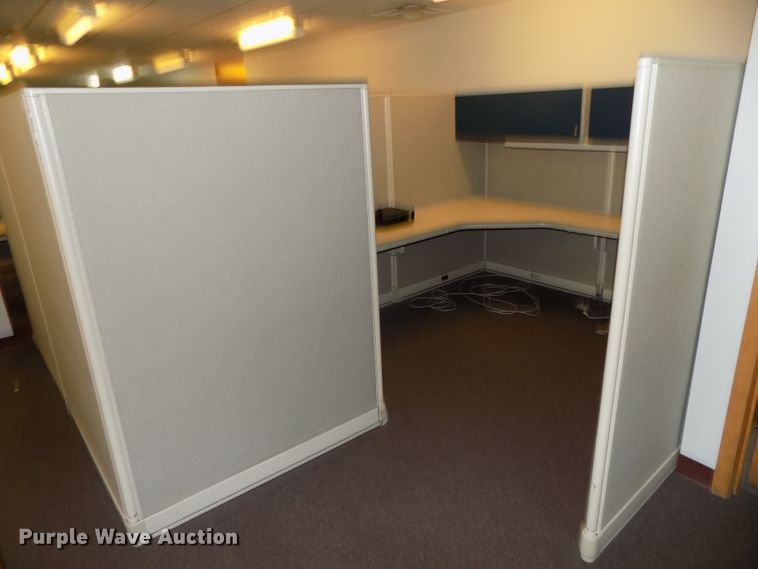 (5) sets of cubicles