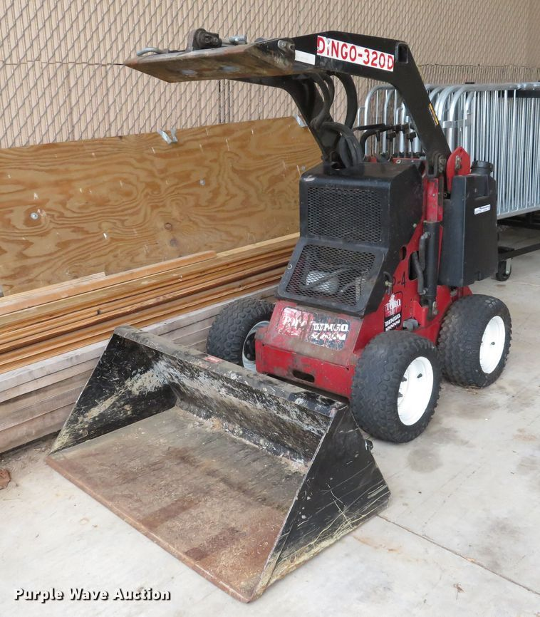Toro Dingo 320D compact utility loader