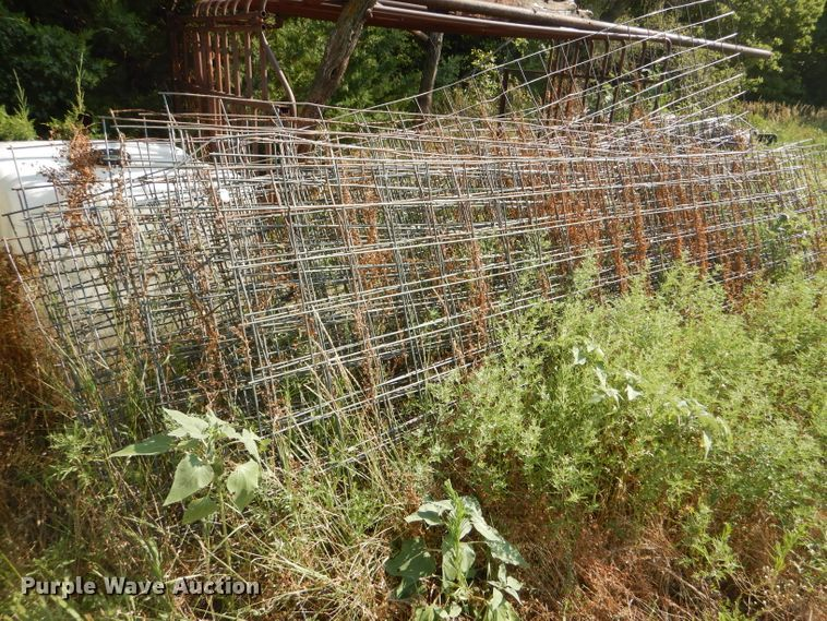(21) wire cattle panels