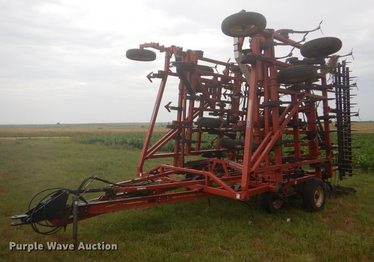 Kent 6542 Series V+ field cultivator