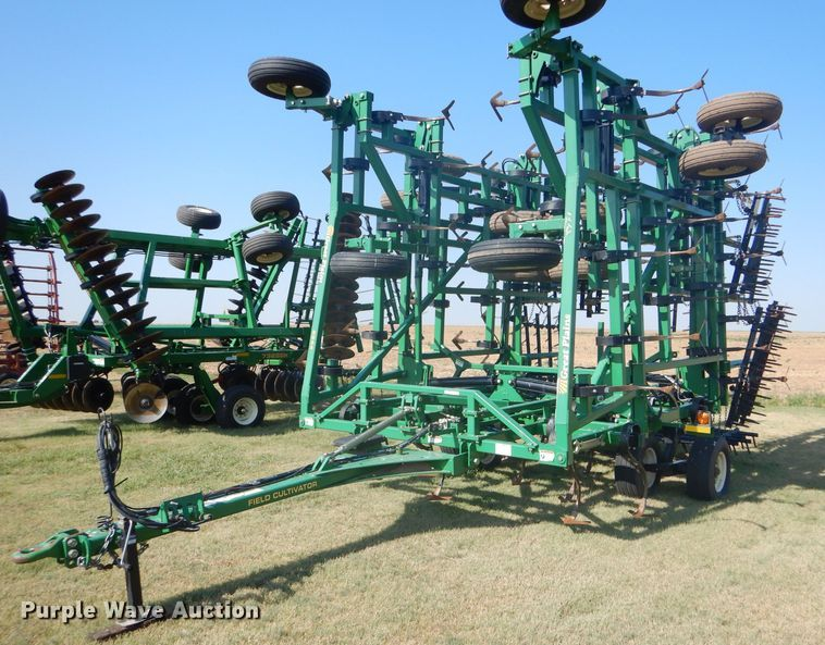Great Plains 8544 FCC field cultivator
