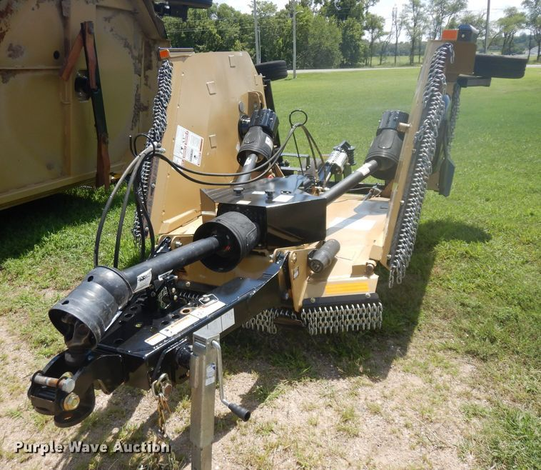 Land Pride RCM3712 batwing rotary mower