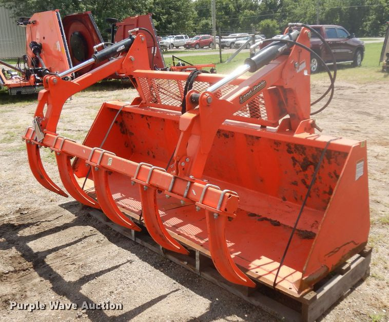 Land Pride GBE25108 grapple bucket