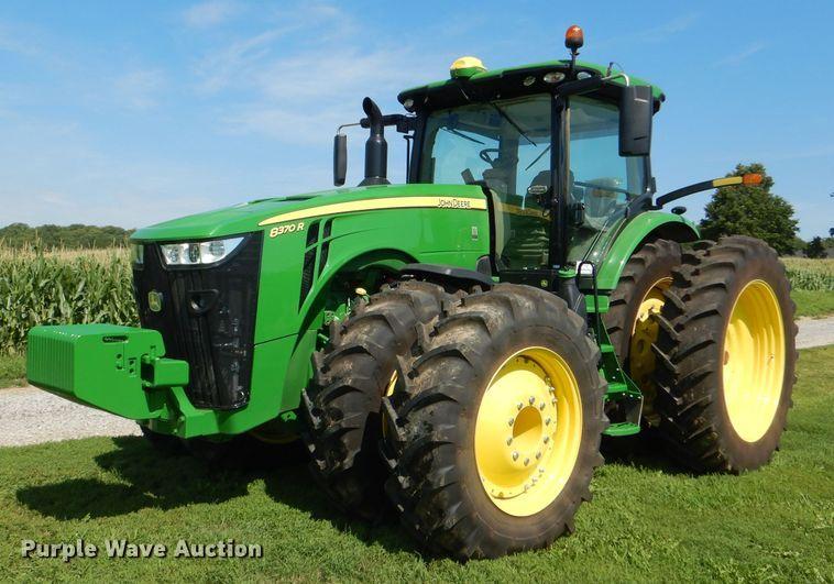 2018 John Deere 8370R MFWD tractor