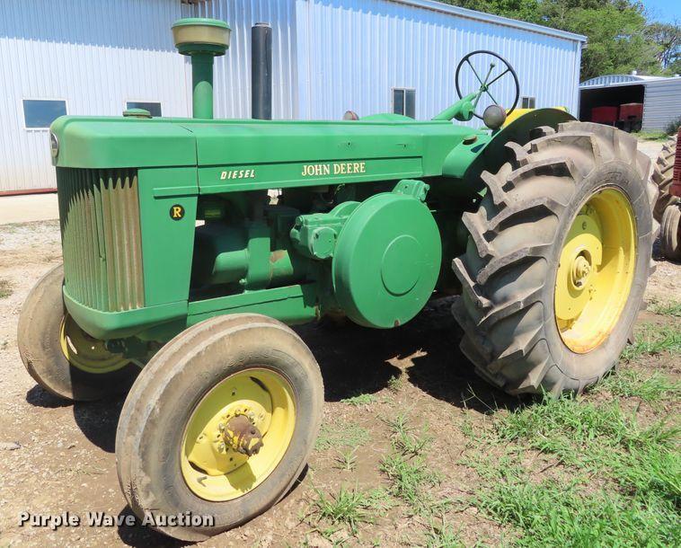 1952 John Deere R tractor