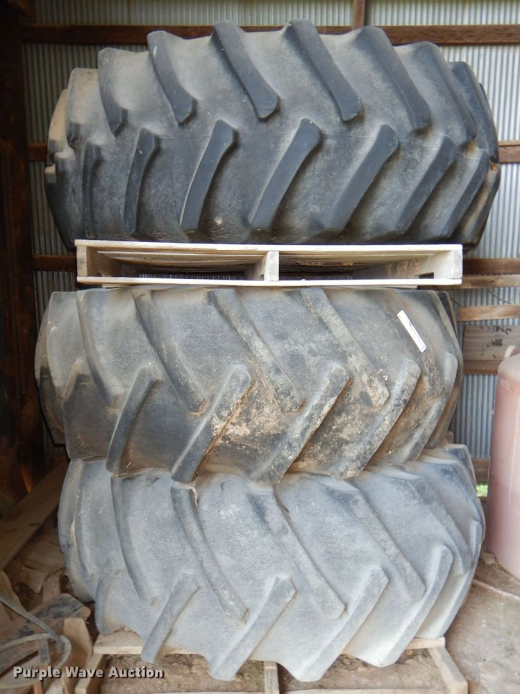 (3) 24.5-32 tires and wheels