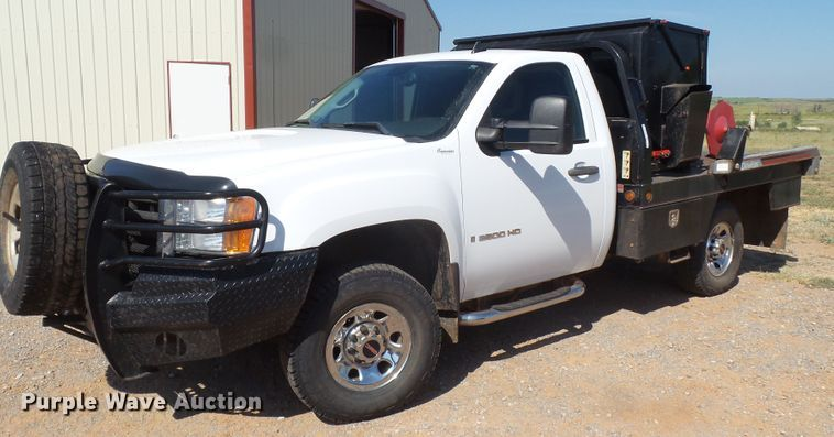 2009 GMC Sierra 3500HD bale bed pickup truck