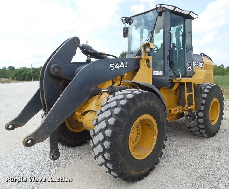 2004 John Deere 544J wheel loader