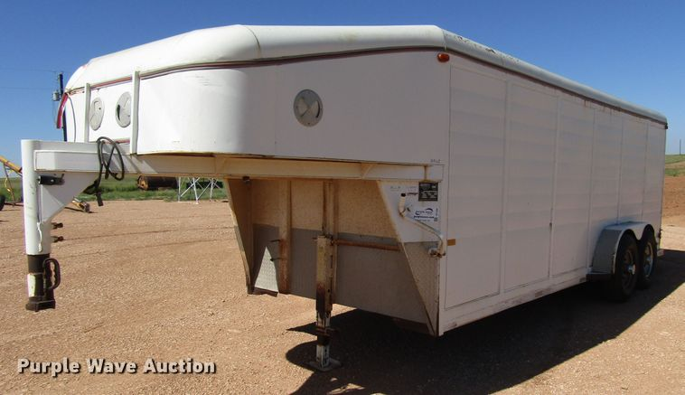 1994 Dewitt enclosed cargo trailer