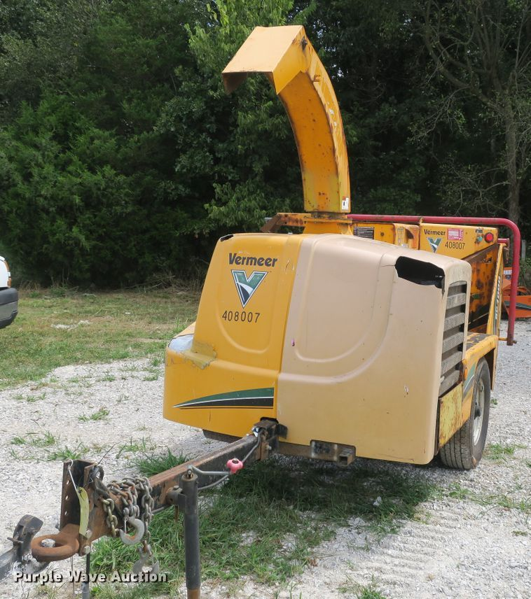Vermeer BC1000 wood chipper