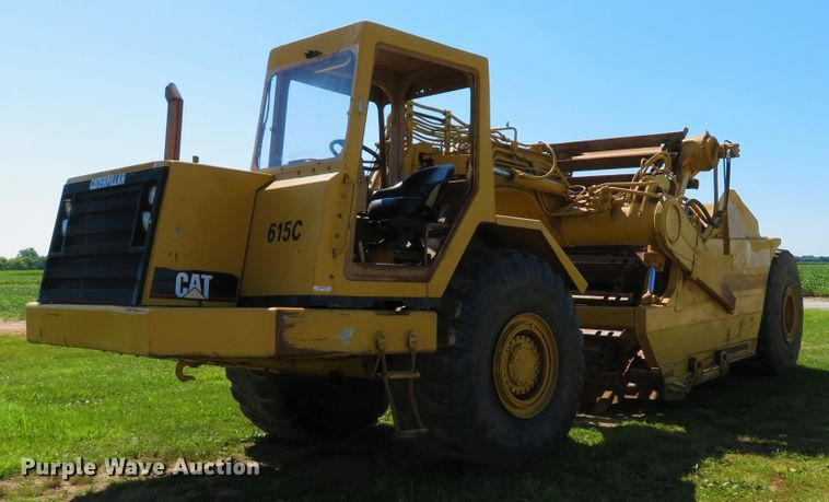 1995 Caterpillar 615C Series II elevating scraper