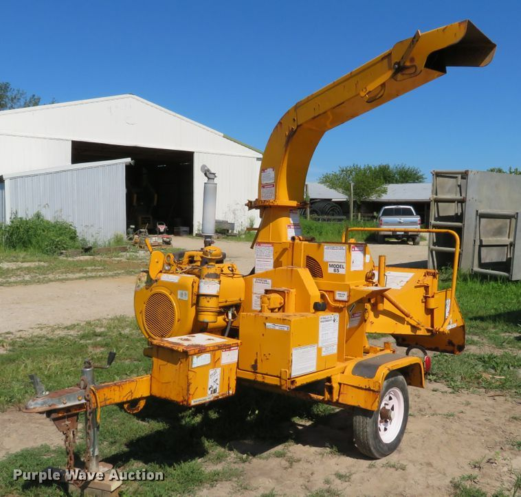 1996 Brush Bandit 65 wood chipper