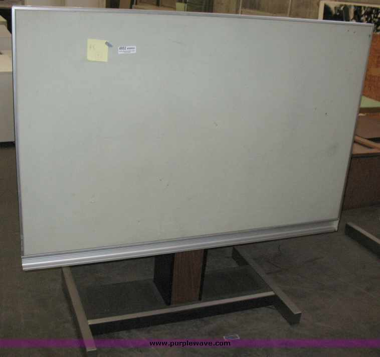 Item SOLD October Multiple Location Internet O - Electric drafting table